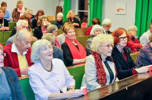 Kusinerna Marianne Eriksson, Margareta Krantz och Sonja Svensson i förgrunden.
